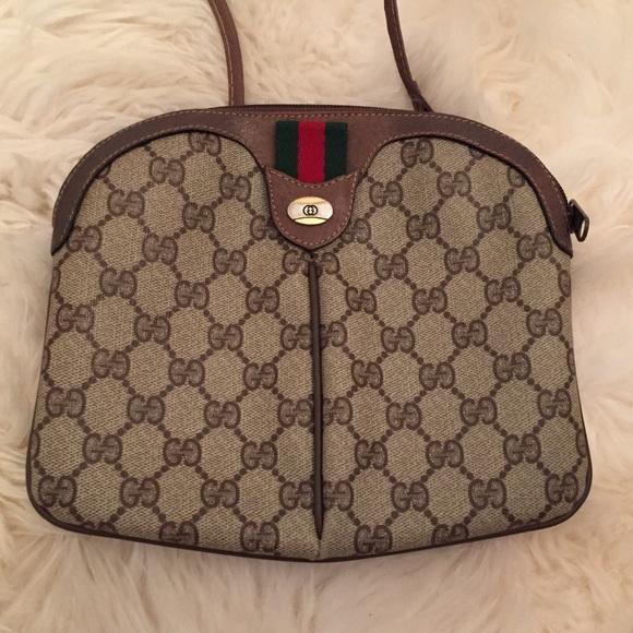 9730696c844 Gucci Handbags - Vintage Gucci small crossbody bag